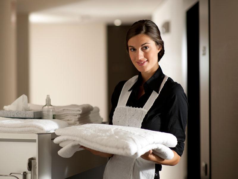 Cursos de camarera de pisos de hotel almer a y granada - Camarera de pisos curso gratuito ...