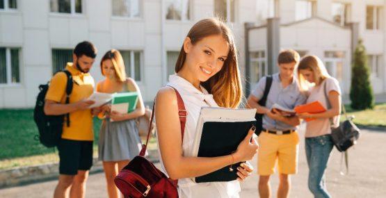 Abierta matrícula para las Pruebas de Acceso a Grado Superior, Universidad y selectividad en Granada y Almería