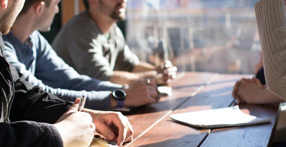 10 preguntas que esperan que hagas en una entrevista de trabajo